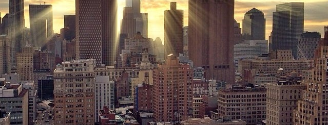 Ville de New York is one of New York City.