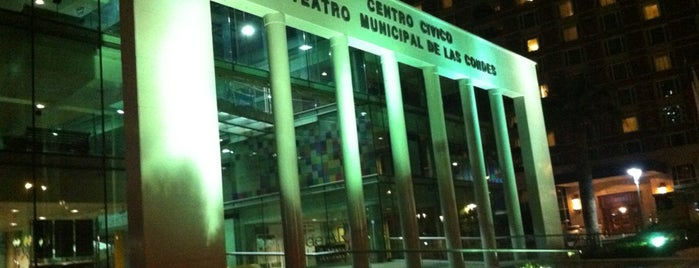 Teatro Municipal de Las Condes is one of Teatros.