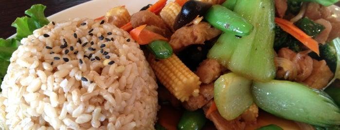 9021Pho is one of Vegetarian / healthy <3.