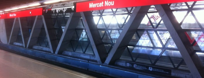 METRO Mercat Nou is one of Lista Cris B..