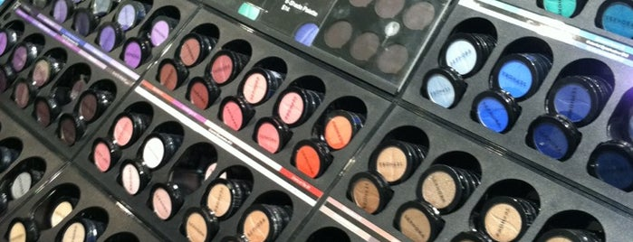SEPHORA is one of places.
