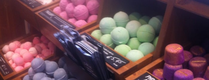 LUSH is one of To (Beauty-) Shop.