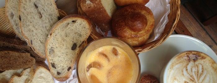 Le Pain du Lapin is one of Melhores Confeitarias, Padarias, Cafés do RJ.