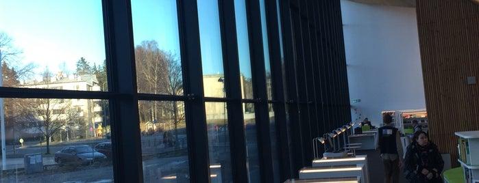 Maunulan kirjasto is one of HelMet-kirjaston palvelupisteet.