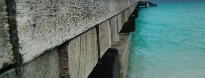 Reethi Beach Resort is one of Urlaubskandidaten.