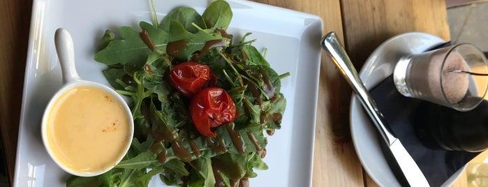 Greens Cafe is one of Berlin Best: Cafes, breakfast, brunch.