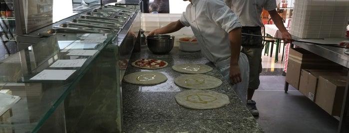 Il Paradiso della Pizza is one of Pizzerie.