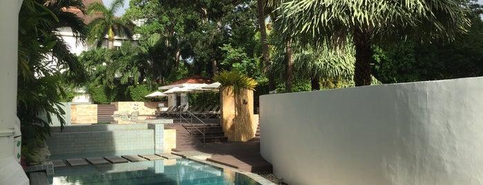 Swimming Pool @Aisawan Lanai is one of Pattaya.