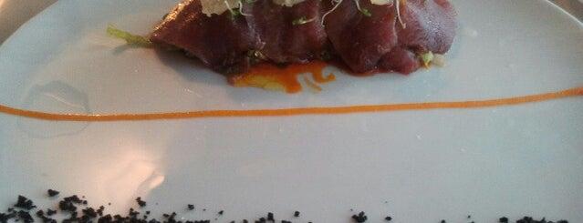 Café des Artistes is one of live to eat..