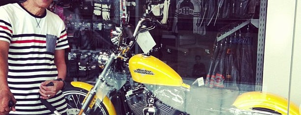 Harley Davidson is one of Places2.
