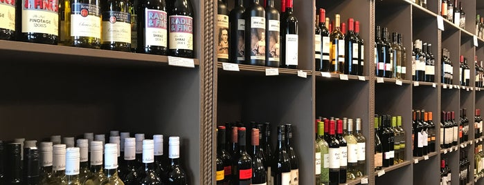 Fine Wines & Liquors 11211 is one of BROOKLYN.