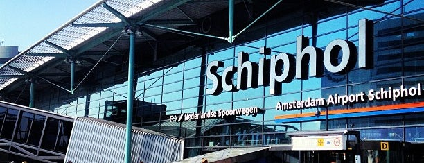 Aeropuerto de Ámsterdam-Schiphol (AMS) is one of The Best Of....