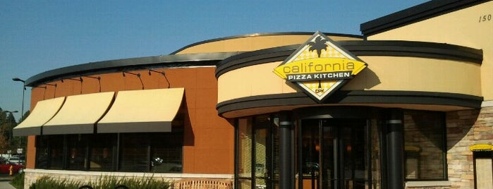 California Pizza Kitchen is one of LIFE IN SEATTLE, WA!!.