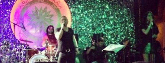 Soho Ricco Live is one of Gezelim görelim.