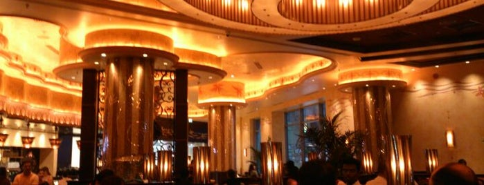 The Cheesecake Factory is one of Dubai Food 6.