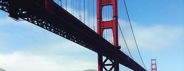 Golden Gate Bridge is one of Stuff to do in SF.