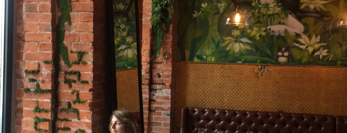 Petit Café is one of moscow interesting restaurants.
