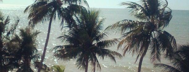 Praia de Pau Amarelo is one of Recife.