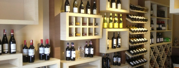Grape Garage is one of Best Wine Drinking Places in Penang.