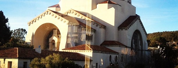 Temple Emanu-El is one of California Dreaming.