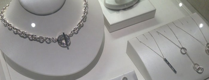Tiffany Co Is One Of The 15 Best Jewelry S In Houston