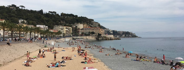 Plage Publikum Des Ponchettes is one of Beach.