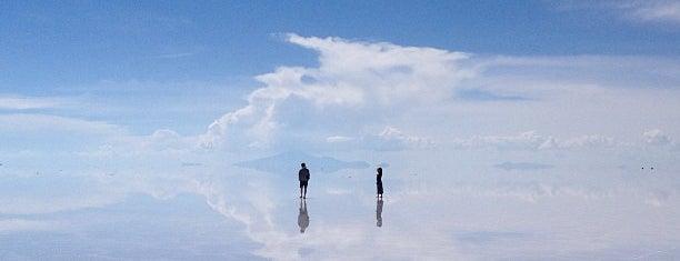 Salar de Uyuni is one of Bucket List ☺.