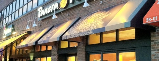 Panera Bread is one of The 15 Best Places for Bagels in Astoria, Queens.