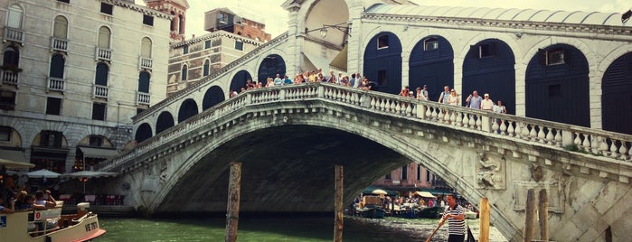 Ponte di Rialto is one of Italy 2014.