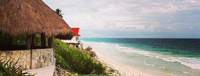 Sian Ka'an Beach is one of Cancún.