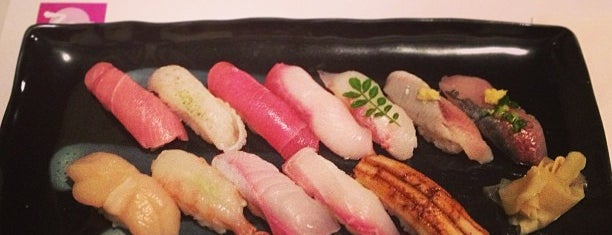 Zen Japanese Restaurant is one of Toronto.