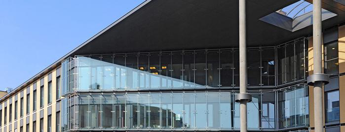 Aschaffenburg Hauptbahnhof is one of Top 40 Foursquare Bahnhöfe.