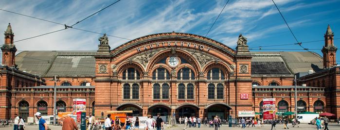 Bremen Hauptbahnhof is one of Top 40 Foursquare Bahnhöfe.