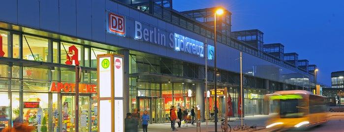 Bahnhof Berlin Südkreuz is one of Top 40 Foursquare Bahnhöfe.