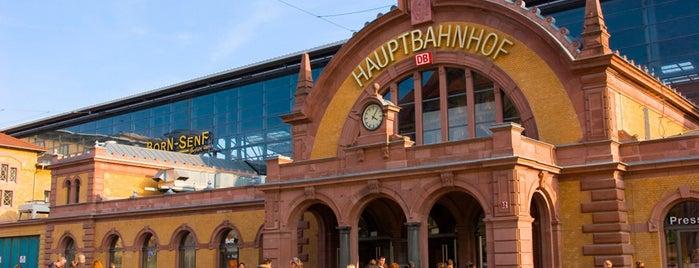 Erfurt Hauptbahnhof is one of Top 40 Foursquare Bahnhöfe.
