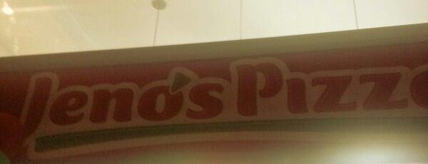 Jeno's Pizza Calle 98 is one of Comida.