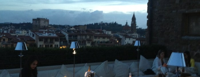 Bar Lounge Continentale is one of Florence - Firenze - Peter's Fav's.