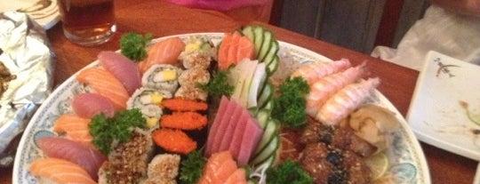 Deusimar Sushi is one of Leblon: rua das pedras ou quadrado.