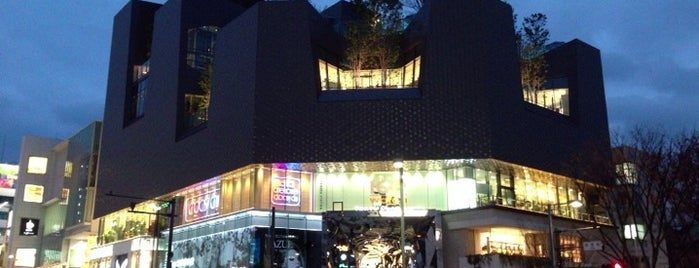 Tokyu Plaza Omotesando Harajuku is one of 行った所&行きたい所&行く所.
