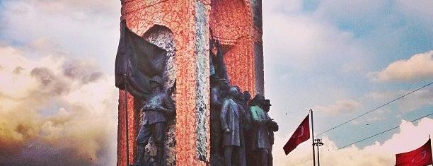 Taksim Cumhuriyet Anıtı is one of İstanbul.