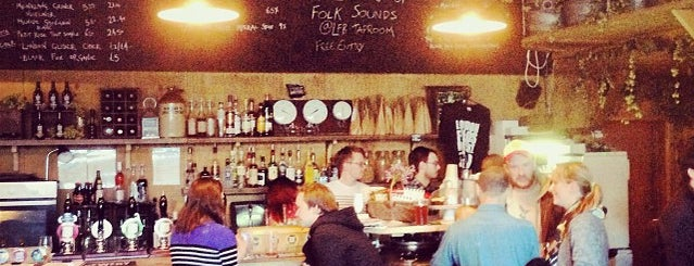 London Fields Brewery Tap Room is one of zeus.