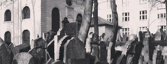 Starý židovský hřbitov | Old Jewish Cemetery is one of Prag - Must see.