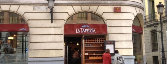 La Tapería is one of Restaurantes en España.