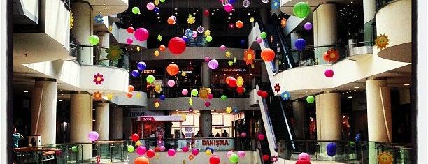 Olimpa is one of ALIŞVERİŞ MERKEZLERİ / Shopping Center.