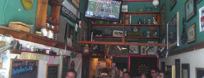 Black Horse London Pub is one of The San Franciscans: Happy Hour.