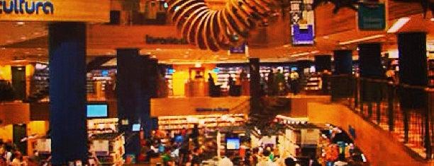 Livraria Cultura is one of Curitiba.