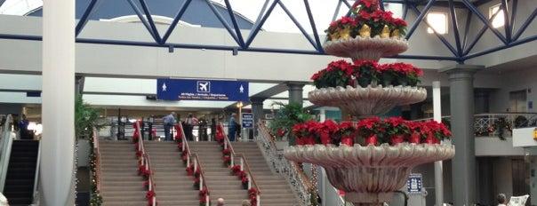 Valley International Airport (HRL) is one of 에어.