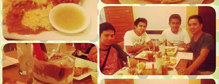 Bebe's Pasta and Pizza is one of Heavy Meal.