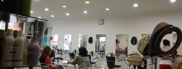 Kenzo Salon is one of Salons.