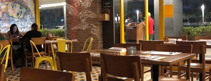 Serafina is one of Restaurantes.